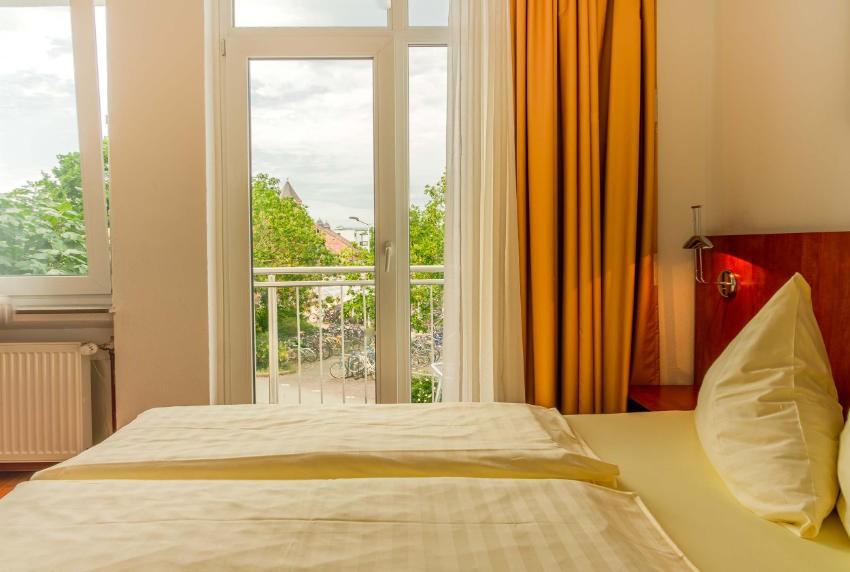 Doppelzimmer mit Balkon Hotel Giessen